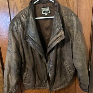 Pelle Cuir distressed vnt leather bomber jacket